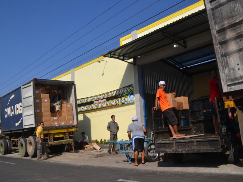 Cargo Load 06